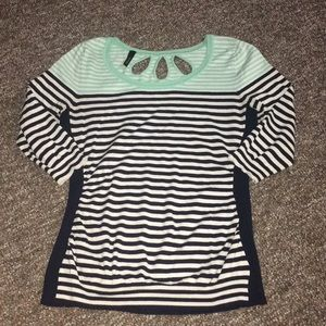 Light blue and black 3/4 sleeve shirt
